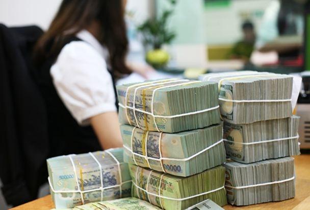 VCBS: Lạm phát có thể giảm, chính sách nới lỏng tiền tệ sẽ tiếp tục kéo dài